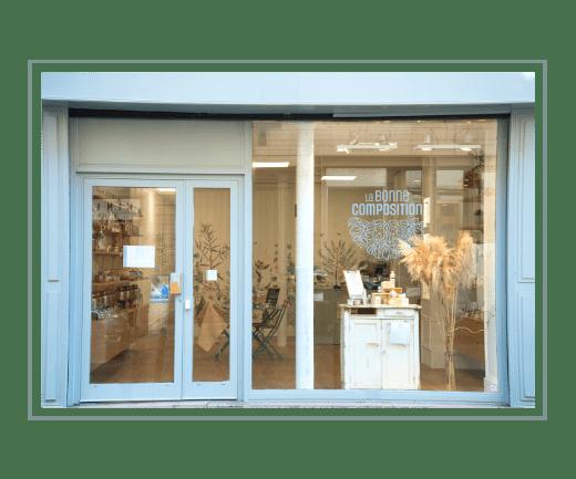 Devanture boutique de cosmétiques naturels à Paris