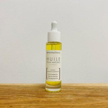 Minimaliste huile peau mature